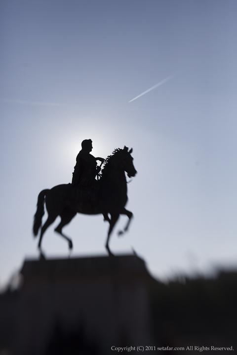ルイ14世像